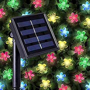 Guirnaldas Solares Luminosas de 50 LEDs Multicolor en forma de flor - Iluminación a base de energía ...