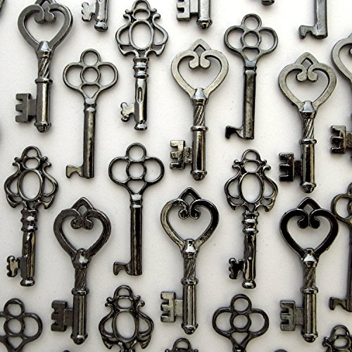 Skeleton Key Set in Gunmetal Black (30 Keys) 3 Different Styles ¨C Vintage Style Key Replicas (Black - Vintage Decor