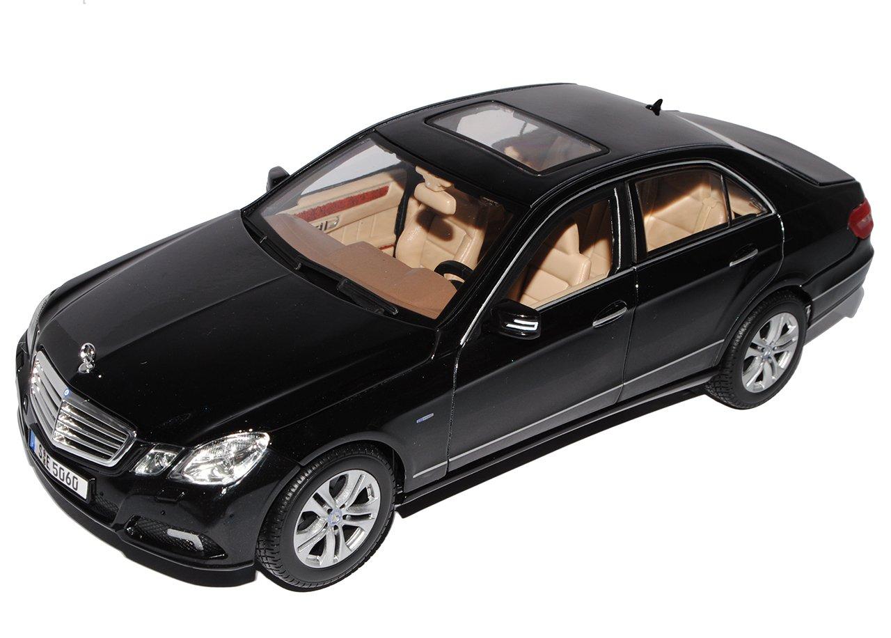 Alles-meine.de GmbH Mercedes-Benz E-Klasse Limousine Schwarz W212 Ab 2009 1/18 Maisto Modell Auto mit individiuellem Wunschkennzeichen