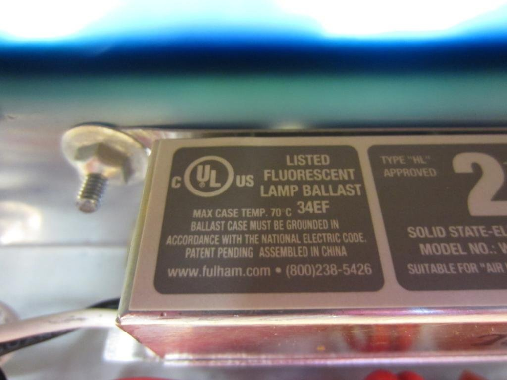 Duray Fluorescent MFG. TH9015-S Fluorescent Light Fixture: Amazon.com: Industrial & Scientific