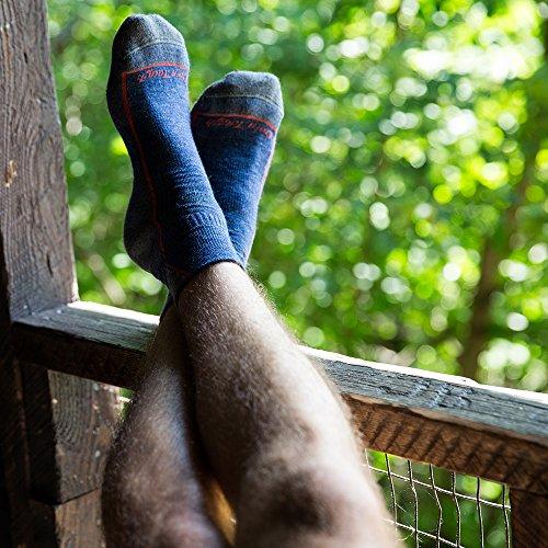 Darn Tough Hiker 1/4 Cushion Sock - Men's Black Medium by Darn Tough (Image #2)