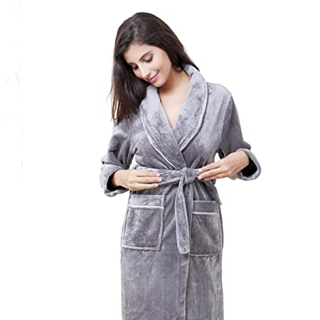 Autumn And Winter Flannel Pajamas Couple Robe Bathrobe Men Coral Cashmere  Long-sleeved Warm Home Dress Ladies Bathrobe d9bf4afed