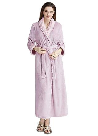 b5d17d76e48 PUTUO Longue Peignoir de Bain Femme Luxe Doux Corail Peignoir Robe De  Chambre Chaud Hiver  Amazon.fr  Vêtements et accessoires