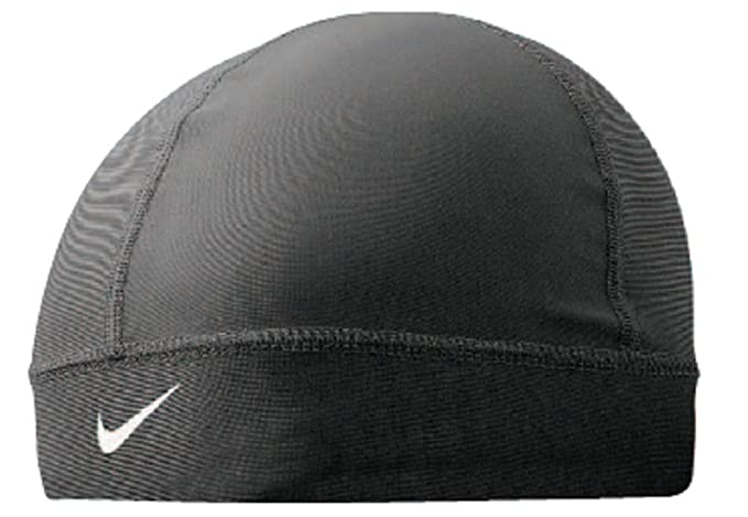 5f0ef14695d Nike Pro Combat Skull Running Cap - One Black  Amazon.co.uk  Clothing