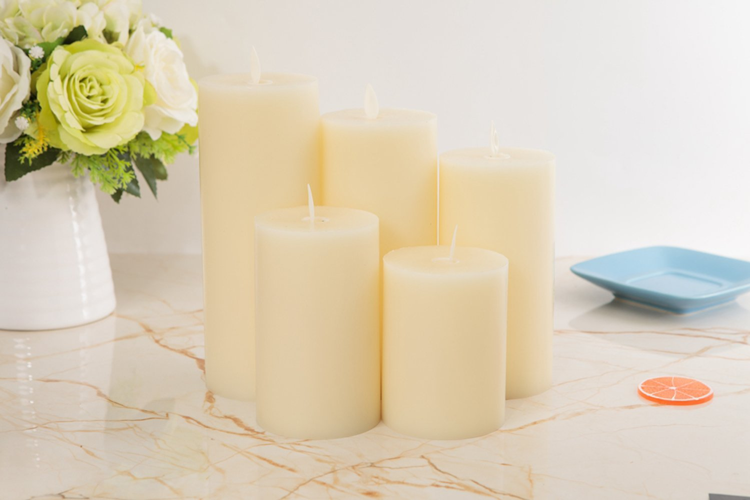 PJS 5-Pack Christmas Paraffin Flats Candles, Flickering Flameless Candles Set with Charging (Included USB),Ivory Wax Pillar Bathroom, Kitchen, Home Décor Battery Powered, Reusable, Multiple Sizes