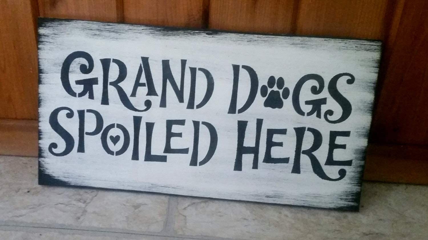 """Tamengi Spoiled Rotten GRANDDOGS Spoiled here, Heart Sign, Gift to Dog Grandma, Funny Dog Sign, to mom, Dog Lover, Rescue Dog Rustic 8""""x12"""""""