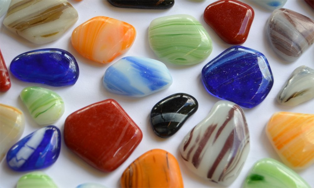 unregelm/ä/ßige Glas Mosaiksteine marmoriert bunt a 2-4cm frostsicher ca.50 St. 300g