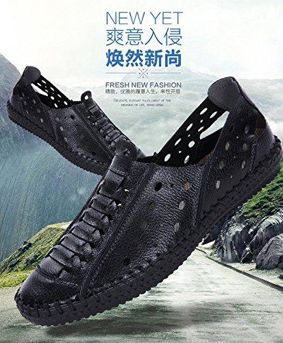 Männer hohle atmungsaktive Ledersandalen Herren Handgenähte Herrenschuhe in der jungen Freizeit Erbsen Schuhe. Schwarz .UK = 7.UR = 40 2/3