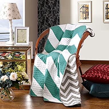 Premium Reversible Quilted Throw Blankets Chevron Design 50  x 60  Machine Washable and Dryable