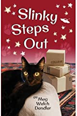 Slinky Steps Out (Cats in the Mirror) Paperback