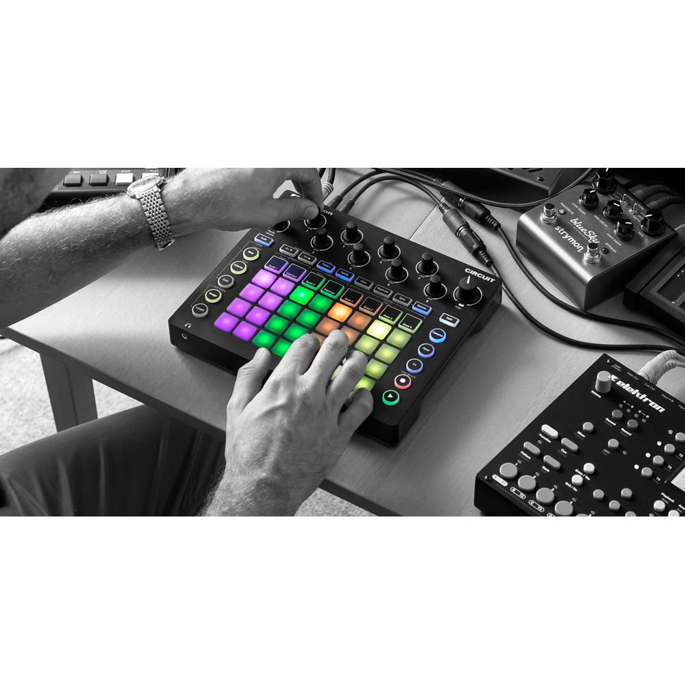 Novation Circuit Groove Box and Sample Import Bundle with 2 MIDI to 2 MIDI (Dual) Cable + Samson Stereo Headphones + Fibertique Cleaning Cloth by Photo Savings (Image #3)