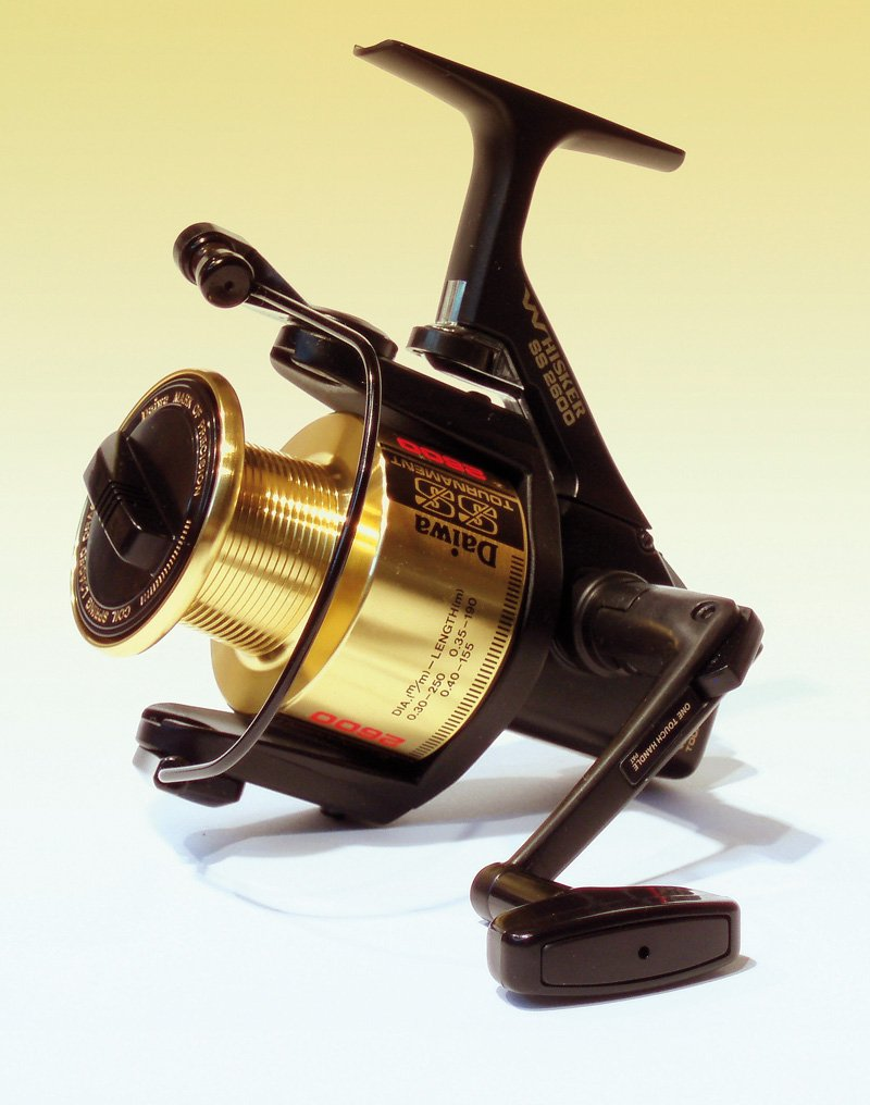 Daiwa SS Tournament 4.6 1 Left Right Hand Long Cast Spinning Fishing Reel – Whisker SS2600