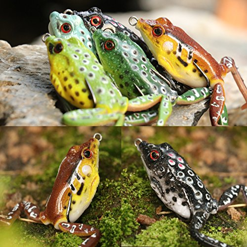 Topwater Frog Lures with Legs Soft Fishing Lure Kit with Tackle Box for 5