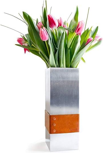 A-VESL Modern Metal Flower Vase. Decorative Centerpiece