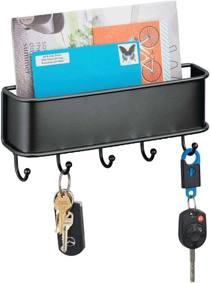 mDesign Organizador de cartas con varios ganchos cuelga llaves – Organizador de pared para correo, llaves, móviles, correa para perros, etc. – Organizador de llaves con bandeja de metal – negro: Amazon.es: Hogar
