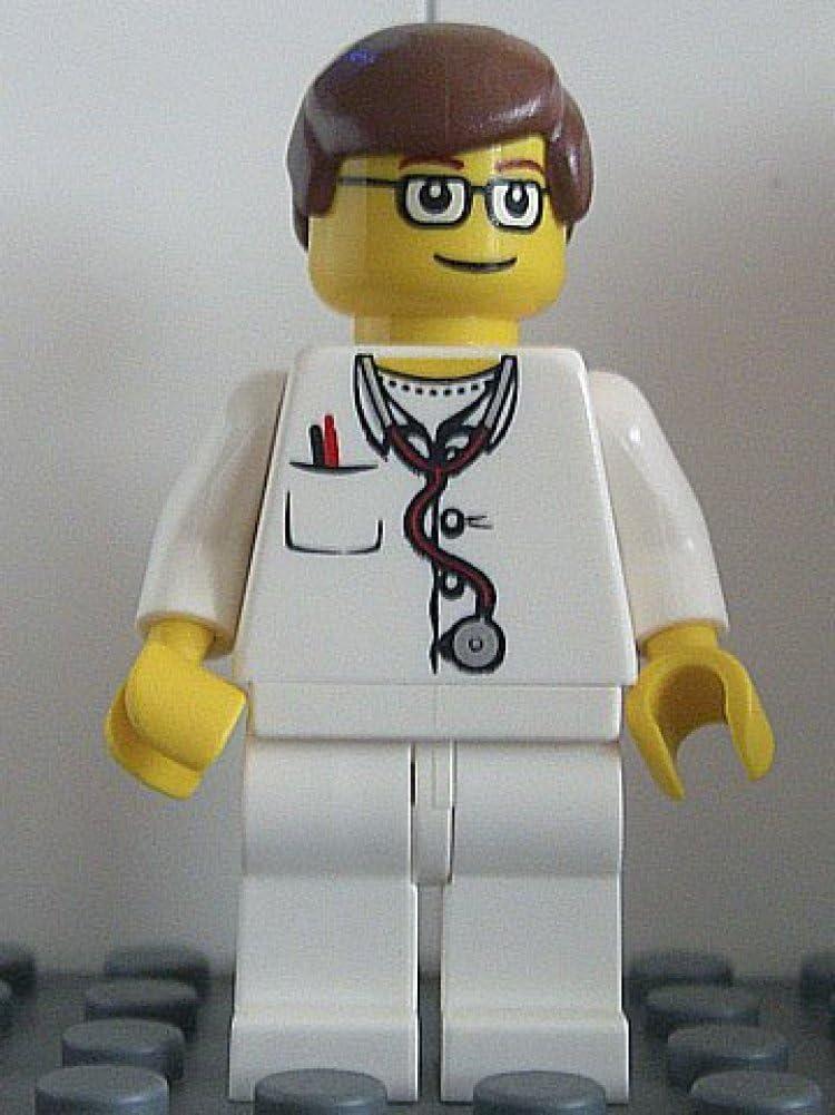 Syringe /& Scissors LEGO City Hospital MiniFigure Doctor w// Stethoscope 60204