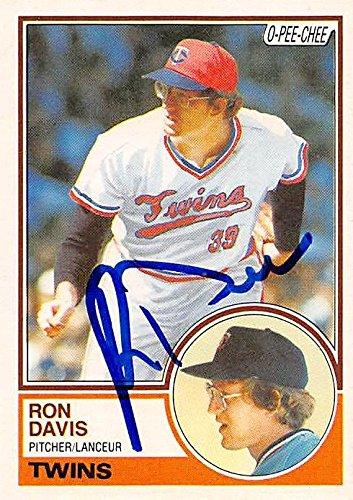 Ron Davis Autographed Baseball Card Minnesota Twins 1983 O Pee