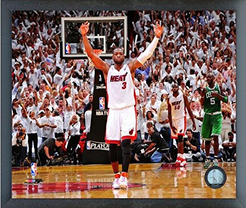 Miami Heat Photograph (Dwyane Wade Miami Heat 2010-2011 NBA Playoffs Action Photo (Size: 12