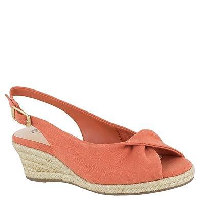 88a5eb19465 Amazon.com  Bella Vita Women s Sylvie II Espadrille Sandal Shoe  Shoes