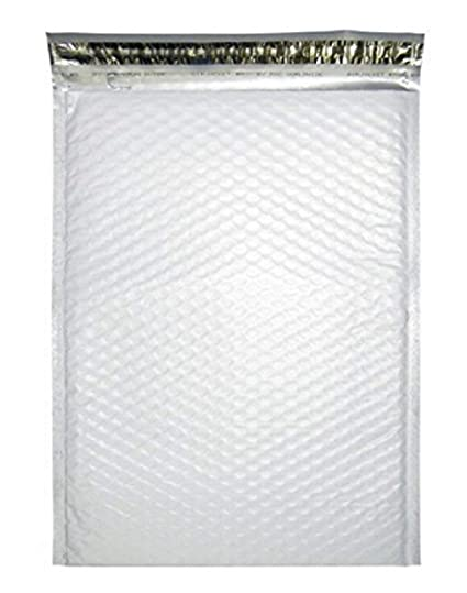 Amazon Com 25 Pack Poly Bubble Mailers 6 25 X 9 Airjacket Padded
