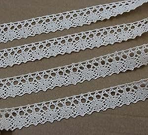 "CHENGYIDA 3/4""(1.8cm) Crochet Lace Cotton Ribbon Trim Pattern Gift Wrap Decor Ideas 10 Yard Roll - Ivory"