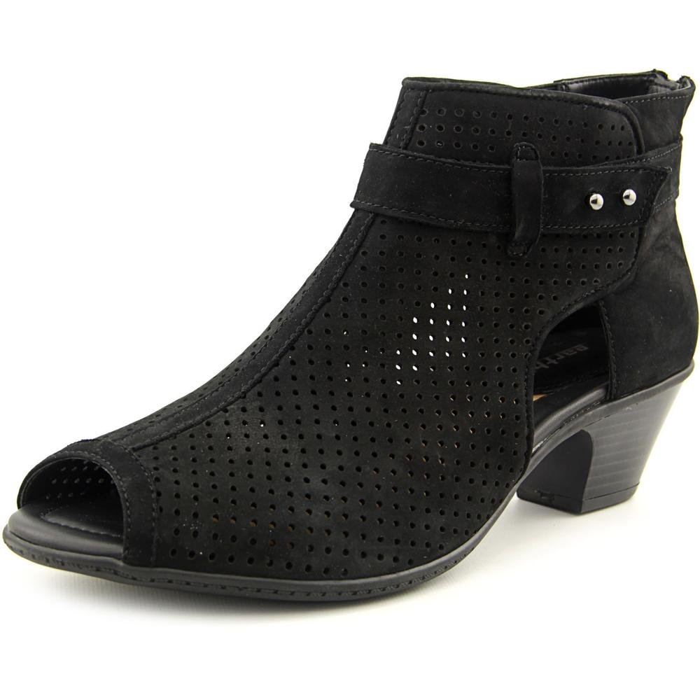 Earth Intrepid Women's Sandal 6.5 B(M) US Black