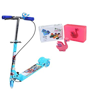 2223e9abfb7 Pratham Kids Foldable 3 Wheeler Cycle Height Adjustable with Hand break and  Bell-Blue + Free Happy Baby Luxurious Kids Soap With Toy Rs.299: Amazon.in:  Toys ...