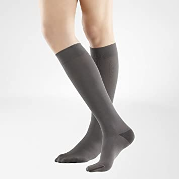 a7d31da0764 Bauerfeind - VenoTrain Business Knee High Compression Socks - 20-30mmHg -  Women s - Size