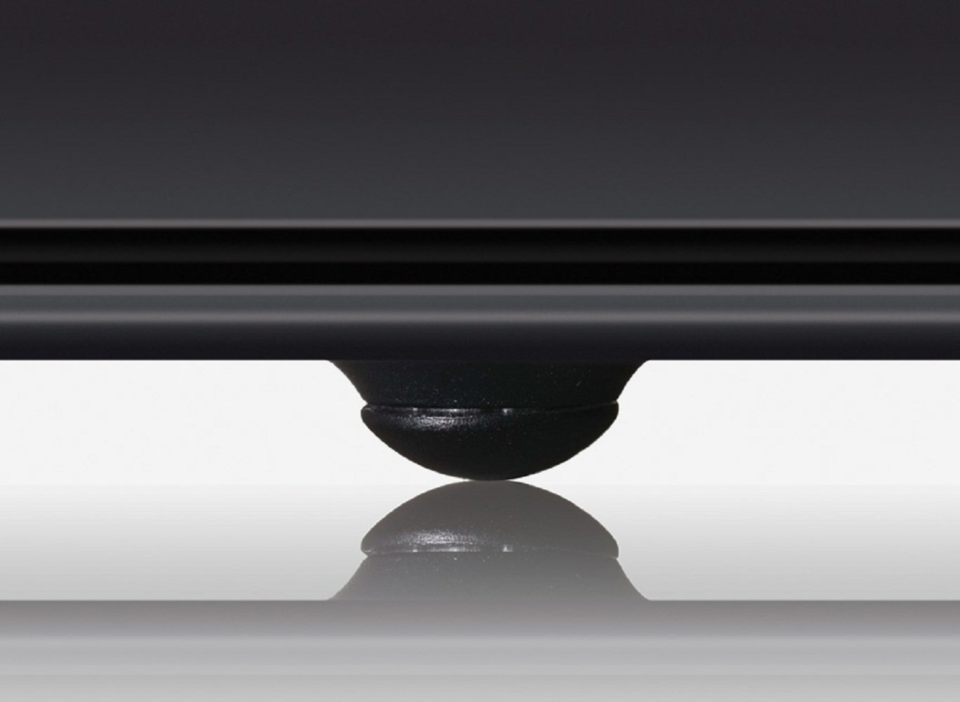 Black Black Targus HD3 Gaming Chill Mat for up to 18-Inch Laptop AWE57US