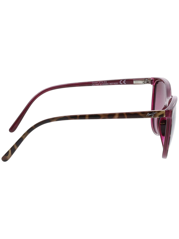 cb7f90a7e3 Amazon.com  Maui Jim Ocean Polarized Sunglasses - Women s Grey Tortoise  Stripe Neutral Grey One Size  Clothing