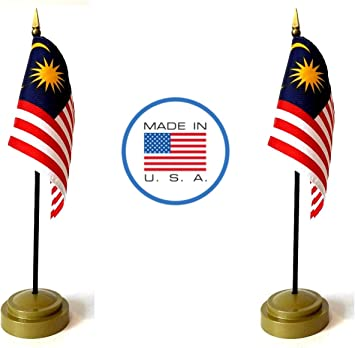 Amazon Com Made In The Usa Flag Set 2 Country Rayon 4 X6 Miniature Office Desk Little Hand Waving Table Flags Includes 2 Bronze Flag Stands 2 Small Mini Stick Flags