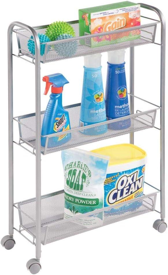 mDesign Estantería con ruedas para lavadero – Compacto mueble auxiliar para guardar detergente, quitamanchas, etc. – Práctico carro de lavandería en metal con tres estantes estrechos – plateado