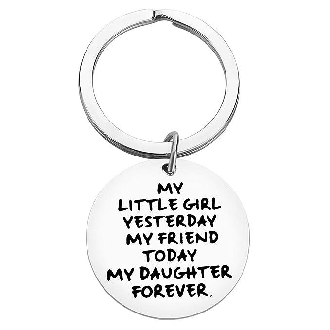 Amazon.com: Llavero de regalo para hija de mamá papá a hija ...