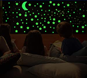 3D Domed Glow in The Dark Stars and Moon,649 Bright and Realistic Wall Stickers for Starry Sky,Shining Wall Decoration for Girls and Boys,Perfect for Kids Bedding Room or Party Birthday Gift (Green)