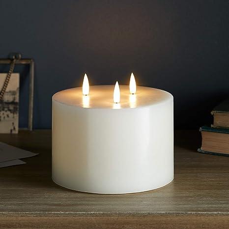 Lights4fun TruGlow/® LED Stumpenkerze mit 3 LED Flammen und Timer batteriebetrieben 12cm