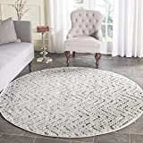 Safavieh Adirondack Collection ADR104N Ivory and Charcoal Modern Distressed Chevron Round Area Rug (6′ Diameter) Review
