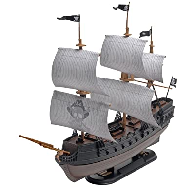 Revell SnapTite The Black Diamond Pirate Ship Model Kit: Toys & Games