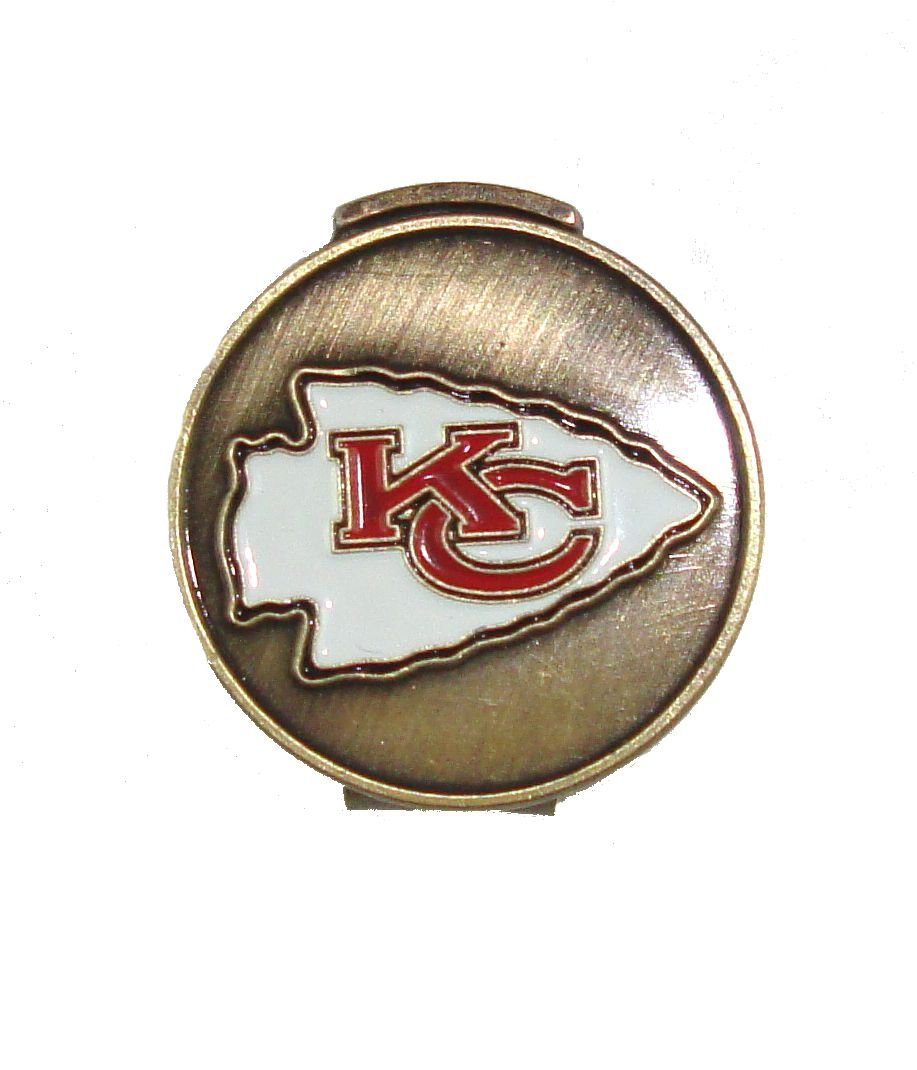 33bd1182f Amazon.com   Kansas City Chiefs Hat Clip   Divot Tool Combo with Golf Ball  Markers   Sports   Outdoors