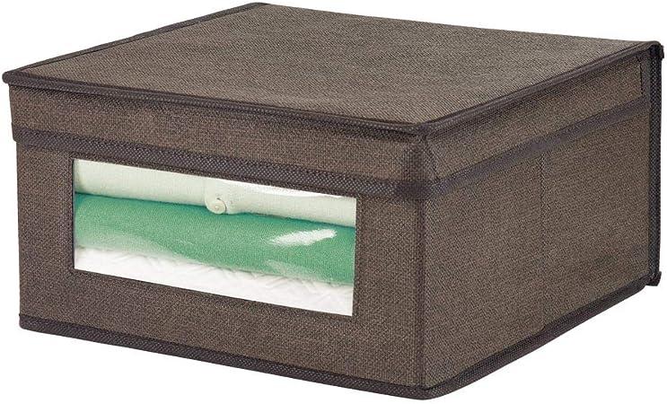 mDesign Caja de tela apilable – Caja con tapa tamaño mediano con ventana transparente para organizar prendas