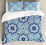 Moroccan Duvet Cover Set by Ambesonne, Moroccan Portuguese Style Classic Tiles Ornaments Islamic Historical Buildings Art, 3 Piece Bedding Set with Pillow Shams, King Size, Blue White
