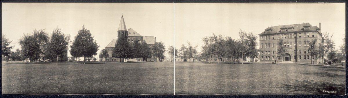 c1914 Highland Park College #1, Des Moines, Ia. 30'' Vintage Panorama photo