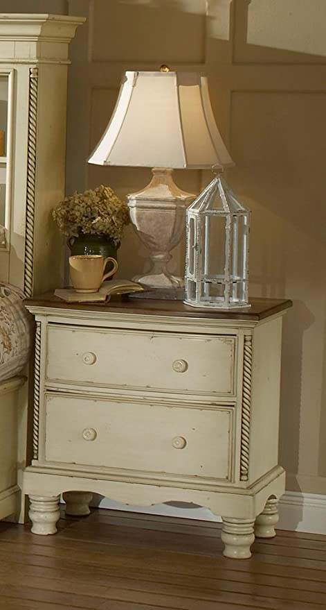 Incroyable Hillsdale Wilshire Antique White Nightstand