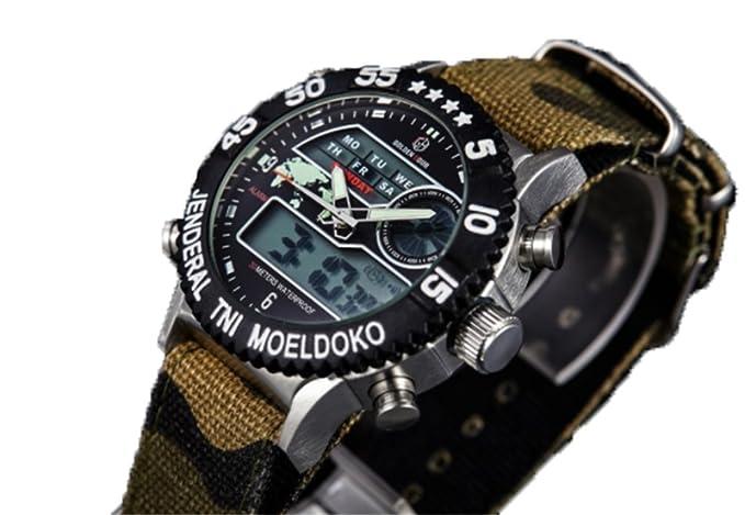 Lymfhch - Reloj de muñeca digital deportivo/militar impermeable y multifunción - Relojes LED de camuflaje con correa de lona: Amazon.es: Relojes