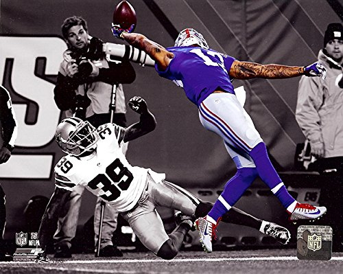 New York Giants Odell Beckham Jr. Makes The Catch of a Lifetime! 8x10 Photo. (Spotlight) ()