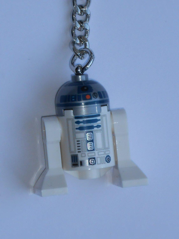 Lego Star Wars R2-D2 Key Chain 853470