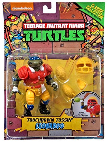 Teenage Mutant Ninja Turtles, Classic Collection, Touchdown Tossin' Leonardo Action Figue, 4 Inches