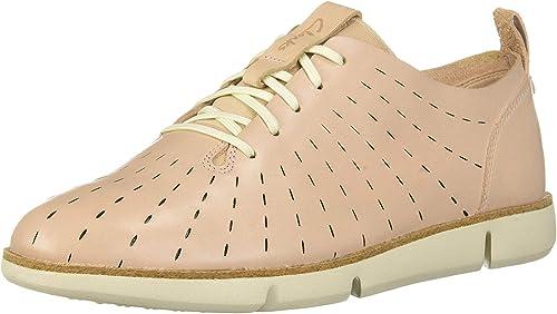 por inadvertencia Napier mármol  Clarks Women's Tri Etch Sneaker: Amazon.ca: Shoes & Handbags