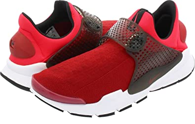 buy popular d1fff 28047 NIKE Kids Sock Dart (GS) Running Shoes (4 Big Kid M, Gym Red/Solar  Red-Siren Red)