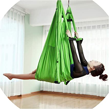 Amazon Com 2 51 5m Aerial Yoga Hammock 6 Handles Strap Pilates Home Gym Hanging Belt Swing Trapeze Anti Gravity Aerial Traction Device Green Sports Outdoors
