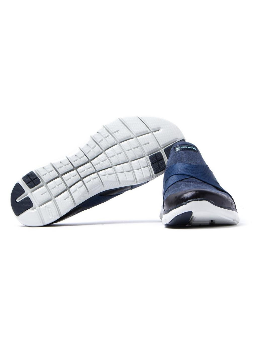 Skechers Damen Flex Appeal 2.0-Bright Eyed Running Running Eyed Trainers für Einen Sportlichen Look und Tragekomfort mit Air Cooled Memory Foam Einlegesohle Marineblau 401085